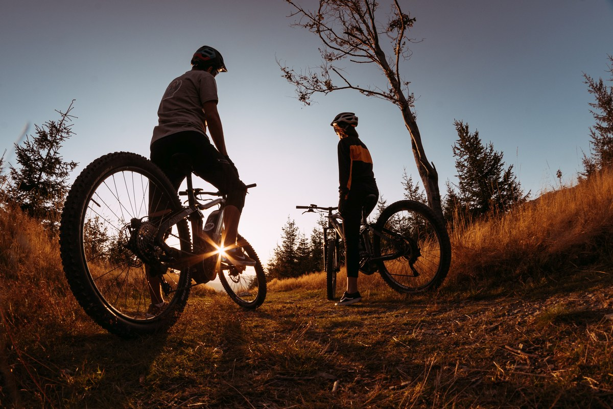rowery elektryczne z wypożyczalni trip2bike szczyrk